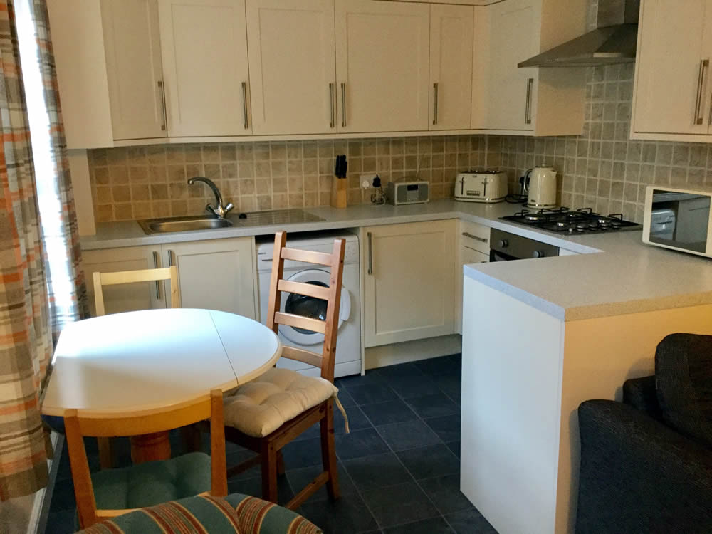 South Bay Scarborough self catering kitchen